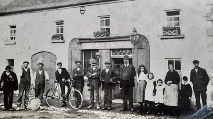old-photo-of-malzards-bar-kilkenny
